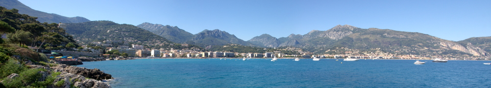 Panorama of the Menton/ Roquebrune Cap-Martin Bay
